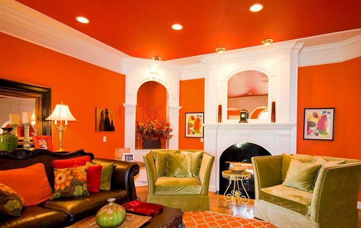 Красочный интерьер комнаты