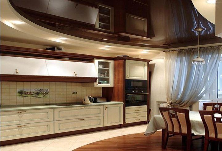 Зонирование кухни с использованием разноуровневого навесного потолка