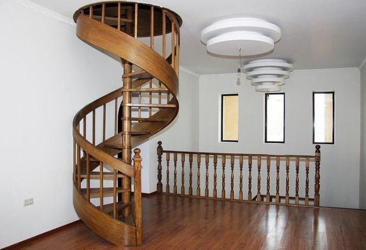 Монолитная конструкция лестницы на чердак