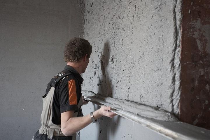 Технология самостоятельного оштукатуривания стен