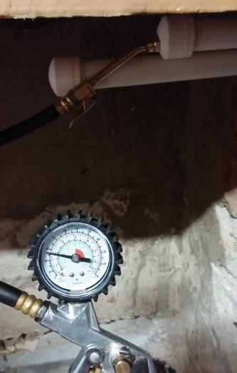 Опрессовка трубопроводов после пайки пластиковых (полипропиленовых) труб (проверка герметичности стыков)