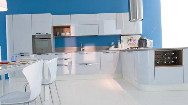 Голубые обои на кухню