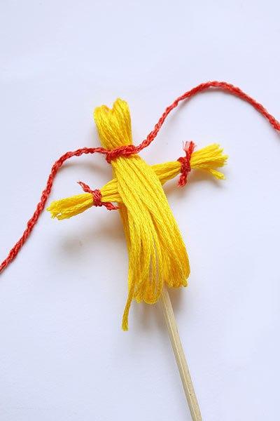 Кукла - масленица своими руками как сделать (из ниток и соломы)