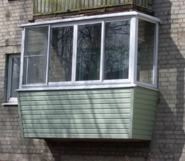 Застекление балкона своими руками