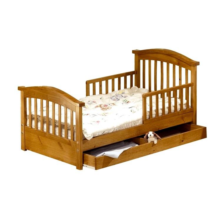 классическая детская кроватка