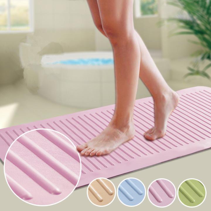 Стильный коврик для ванной