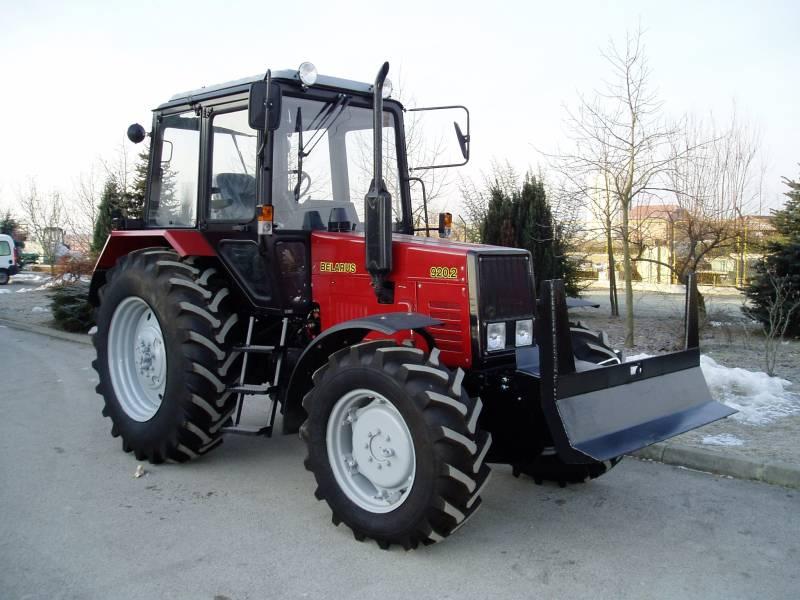 Качественный трактор