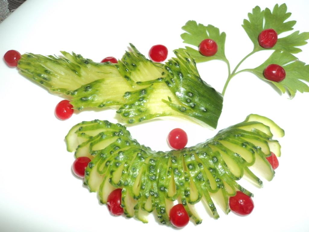 Оригинальное украшение блюда