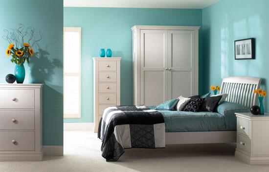 Бирюзовый цвет в интерьере спальни: фото