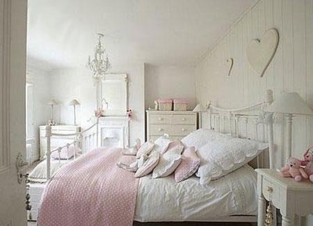 бело-розовый интерьер 13