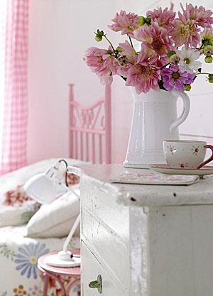 бело-розовый интерьер 38