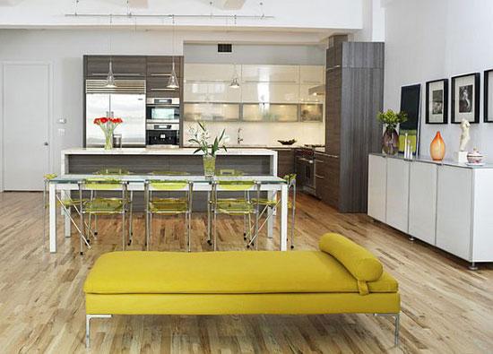 Яркий желтый цвет в интерьере квартиры-студии