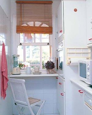 дизайн интерьер маленькой кухни 25