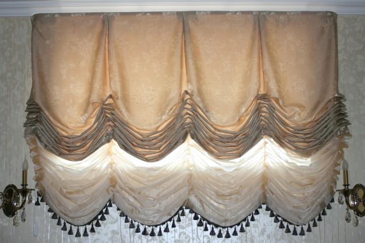 Австрийские шторы в спальню