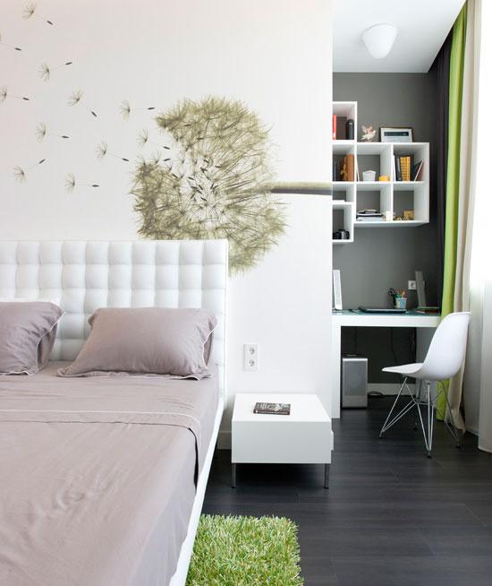 Цветочные мотивы в оформлении стен
