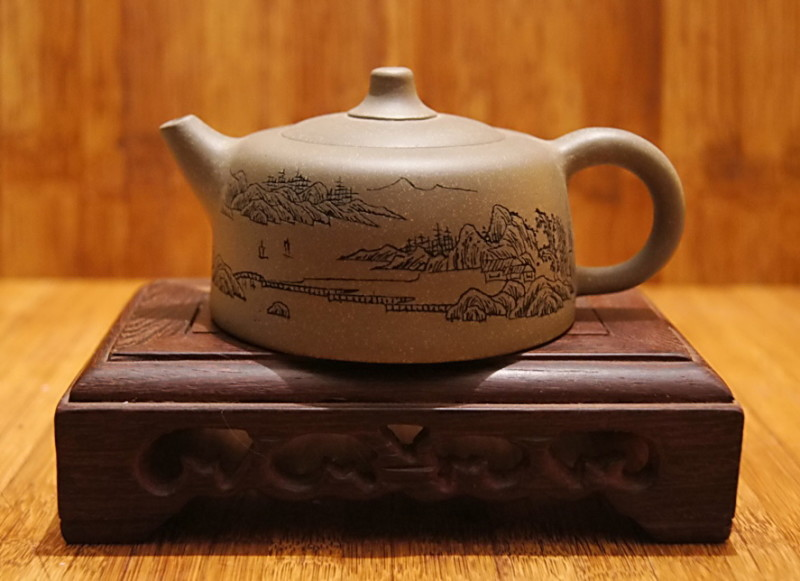 Китайский чайник из иссинской глины