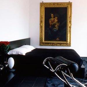 картины для спальни 13