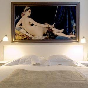 картины для спальни 17