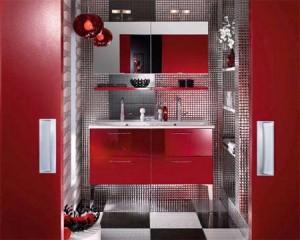 красный цвет в интерьере ванной комнаты 10