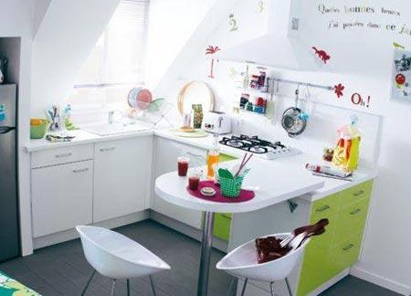 кухня белая и яркая 02