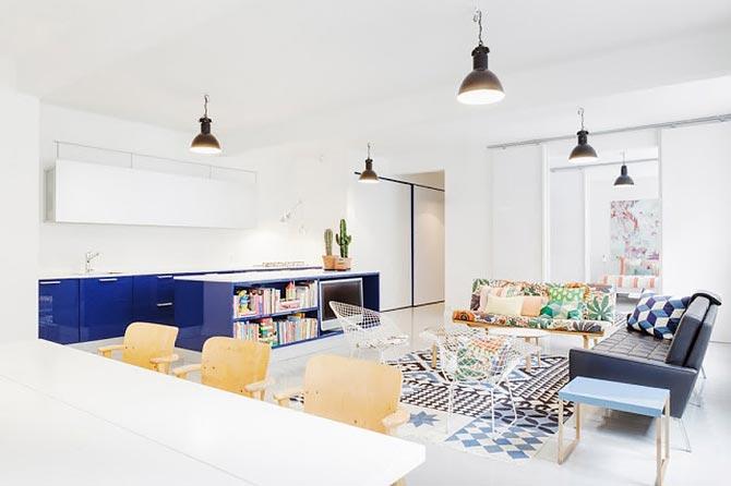 люстры и светильники в кухню-гостиную 37
