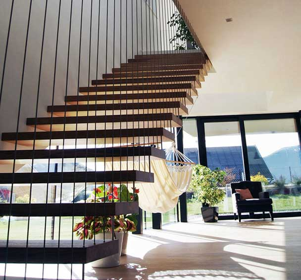 Фото лестниц на косоурах