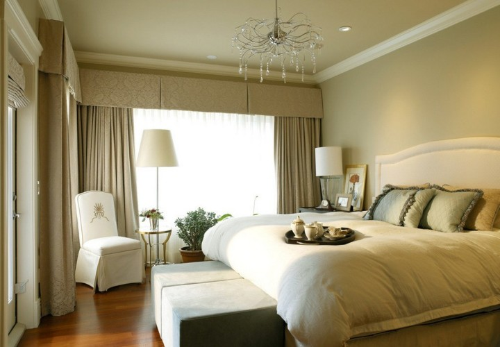 Шторы спокойных оттенков для спальни