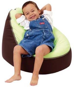 пуфики в детской комнате 01