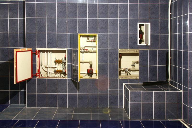 Использование люков для канализации под плитку