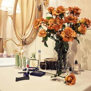 цветы в ванной комнате 08