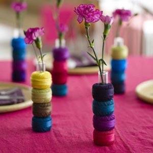 украшение стола композициями из цветов 07
