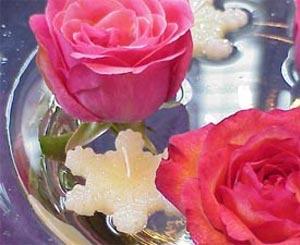 украшение стола цветами и свечами фото14