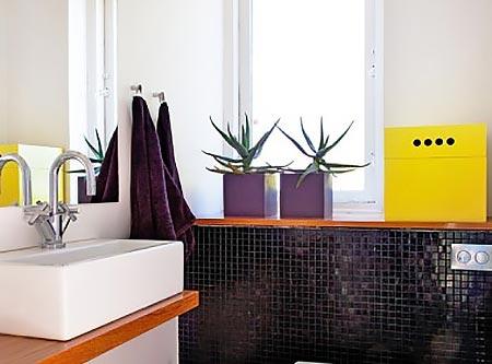 яркая ванная комната 13