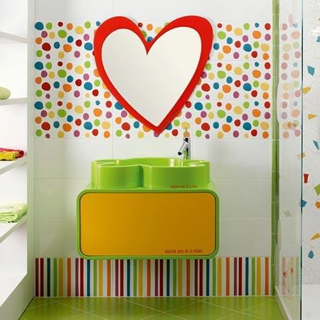 яркая ванная комната 33