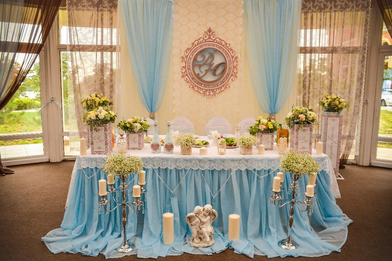 Нежно голубой декор