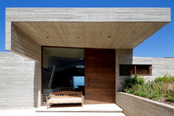 уединенный особняк на побережье чили3