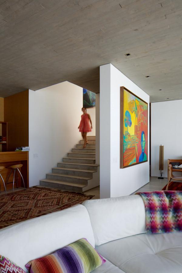 уединенный особняк на побережье чили6