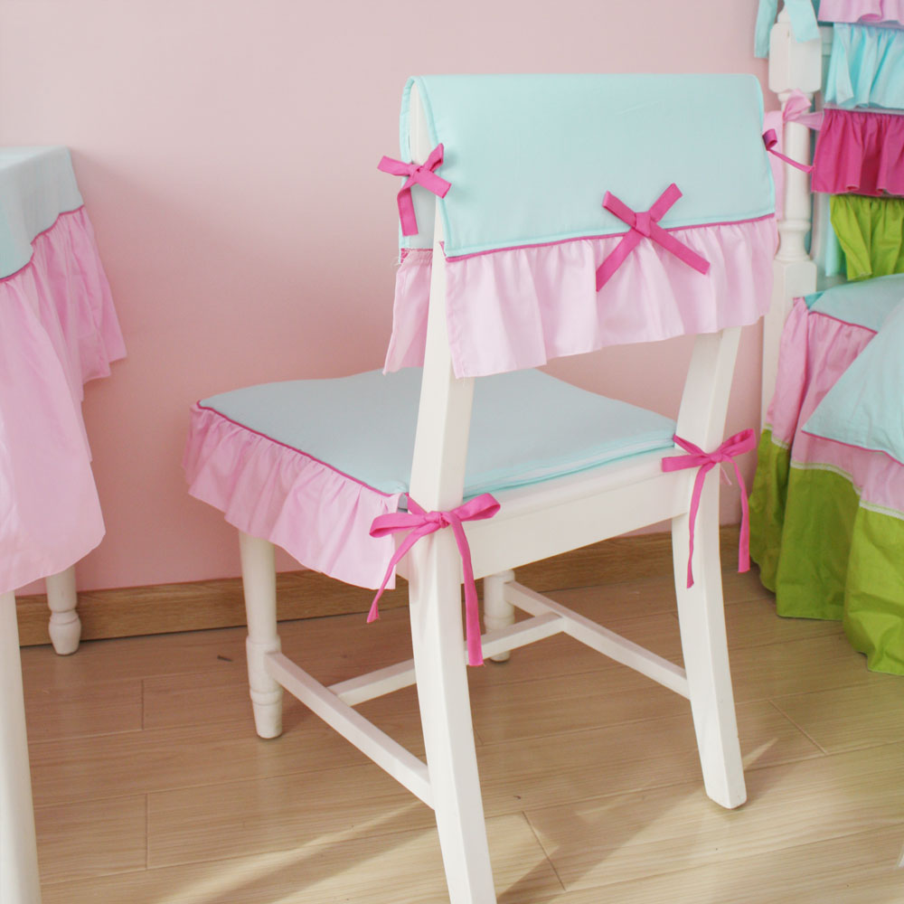 Красивый детский чехол на стул