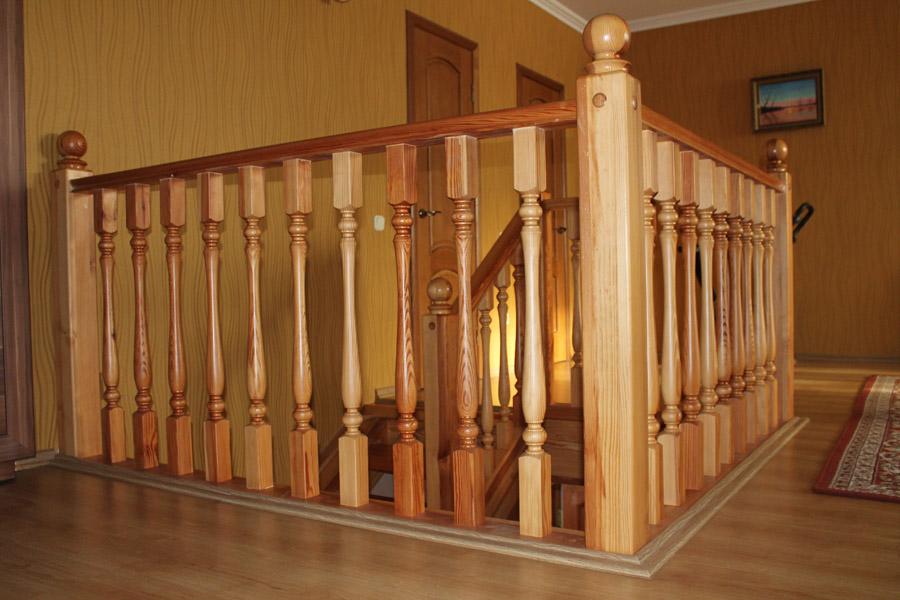 Балясины для лестниц Варианты изделий из металла с фото