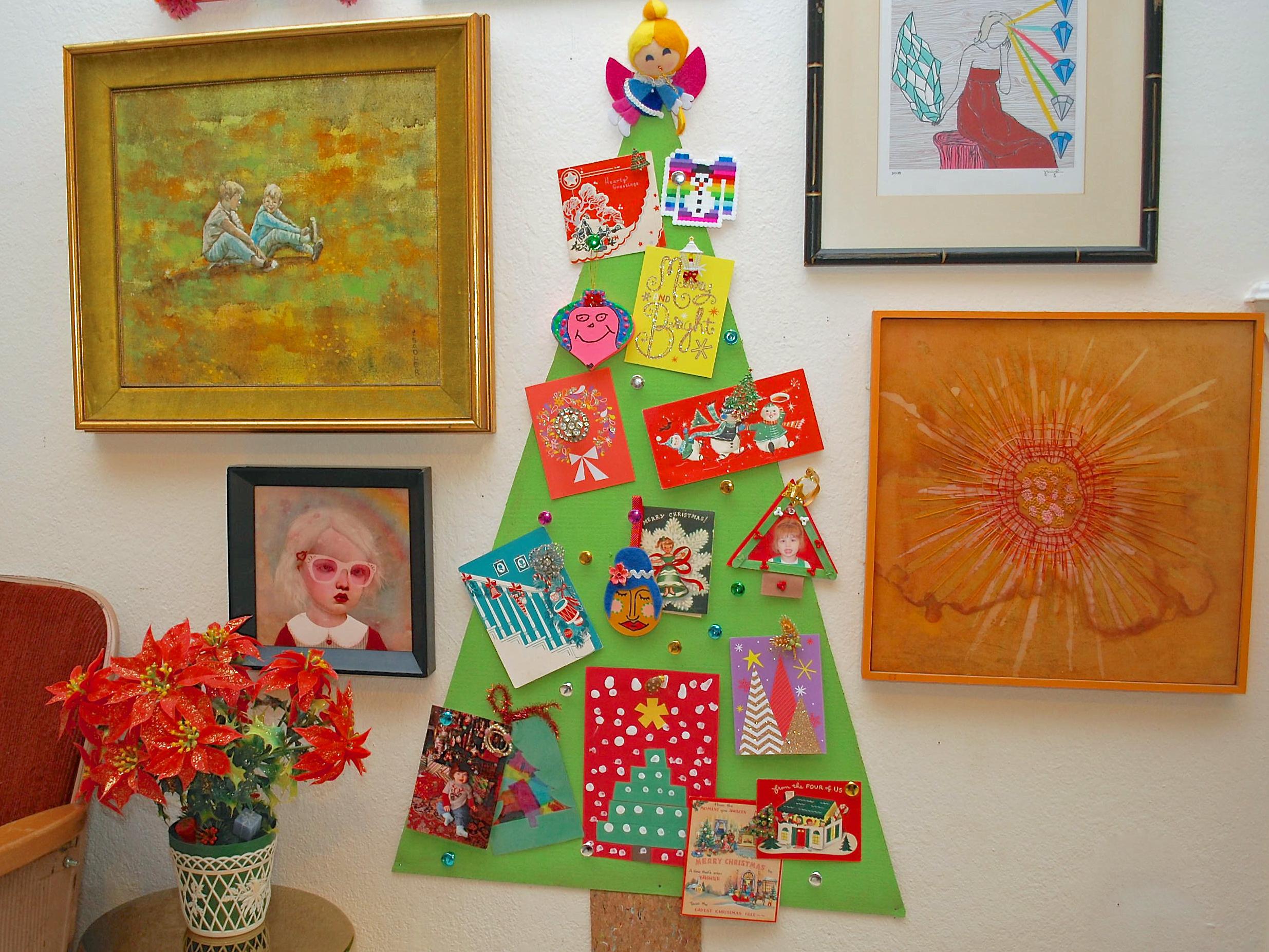 Развивающая игрушка-елка для детей, сделанная своими руками
