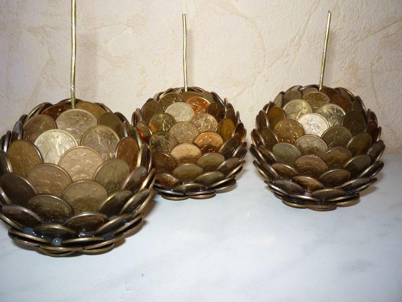 Поделки из монет обычно выполняются из мелкой монеты
