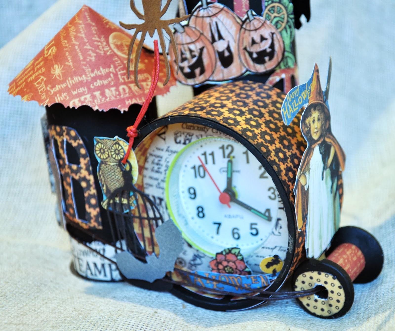 Можно изготовить поделку из туалетной бумаги и клея в виде оригинальных часов