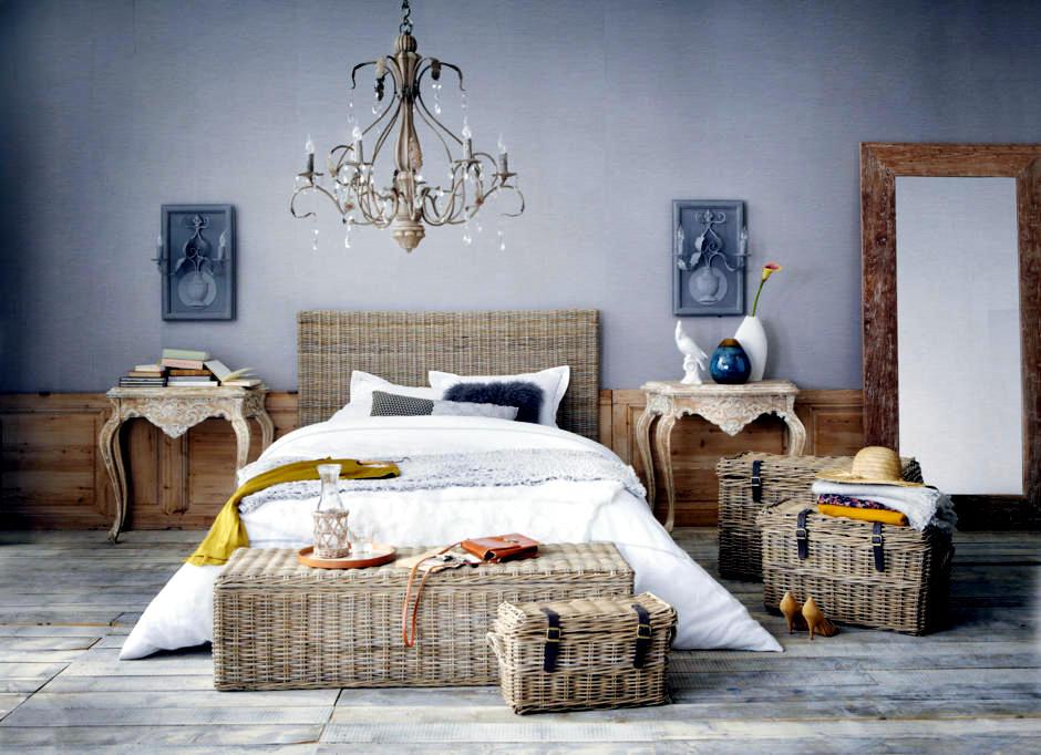 Мебель из ротанга в спальне