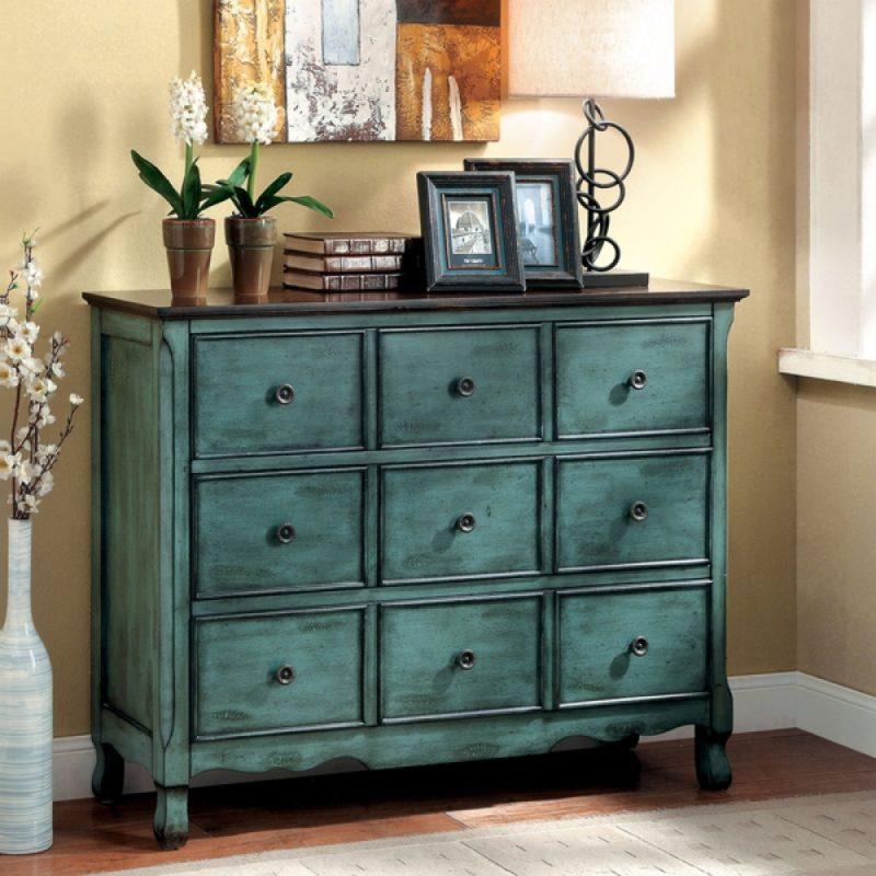 Мебель, выполненная своими руками, способна подчеркнуть индивидуальность хозяина помещения