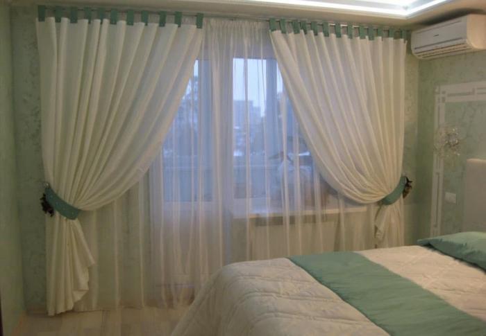 Занавески в интерьере спальни