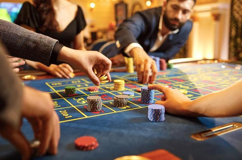 Play Fortuna предлагает принять участие в турнирах от «Фараона»